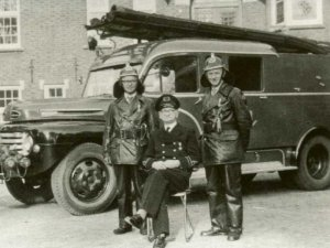 Ford F5 (collectie brandweervoertuigenonline)